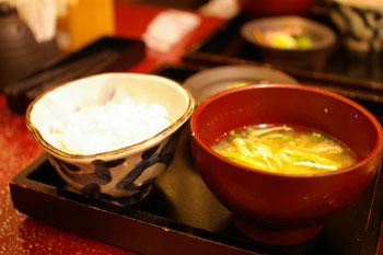トレッサ横浜の和食のお店「一汁五穀」のご飯と味噌汁
