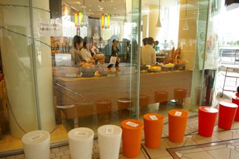 横浜ベイクォーターのベーカリーカフェ「ヴィクトワール」