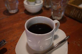 西横浜にあるカフェ「Midsummer Cafe 夏至茶屋」のコーヒー