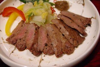 横浜スカイビルにある牛肉料理のお店「牛味蔵」のランチ