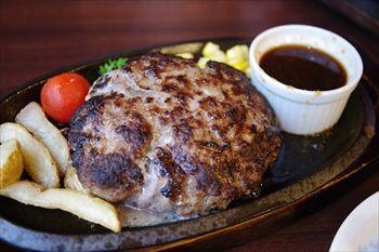 東京池袋にある宮崎牛ハンバーグのお店「宮崎亭」のランチ