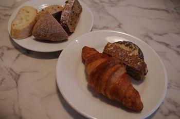 横浜ルミネにあるカフェ「バルバラ・ア・ターブル」のパン