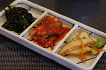 横浜関内にある焼肉屋「関内苑」のキムチ