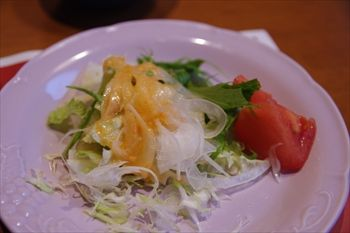 横浜センター南の「ブロンコビリー」のサラダ