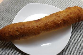横浜元町にあるベーカリーカフェ「エコモベーカリー」のパン