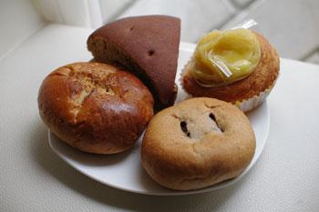新丸子にあるパン屋さん「ビッグバン」のパン