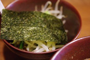 横浜東神奈川にあるつけ麺専門店「イツワ製麺所食堂」の野菜