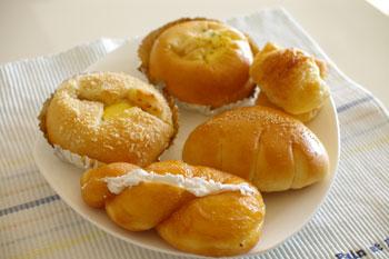 横浜本牧のパン屋「クレール」のパン