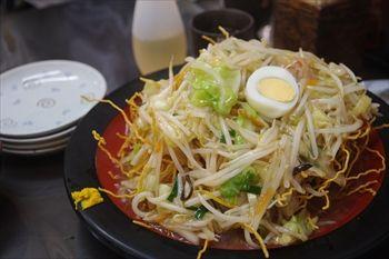 神奈川県三浦市にある食堂「まるい食堂」のカタヤキそば