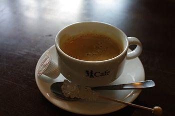 ららぽーと横浜にあるカフェ「猿カフェ」のコーヒー