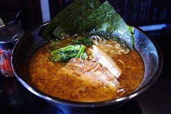 横浜東神奈川にあるラーメン店「麺屋 黒琥」のラーメン