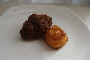 キュービックプラザ新横浜にあるパン屋「ちょいクロ」のパン