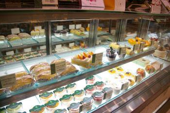 キュービックプラザ新横浜の千疋屋総本店のケーキ