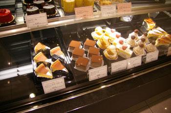 キュービックプラザ新横浜の「日影茶屋」のケーキ