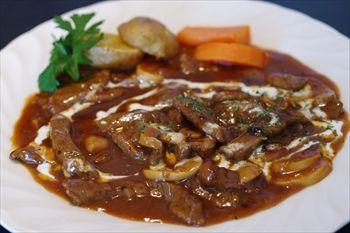横浜山手にある洋食レストラン「ロシュ」のランチ