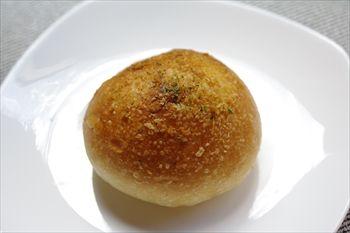 川崎にあるパン屋「箱根ベーカリー」のパン