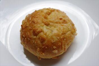 横浜石川町にあるパン屋「よつばベーカリー」のパン