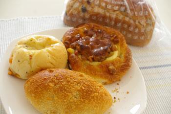 新横浜にあるおいしいパン屋「プリンスホテルベーカリー」のパン