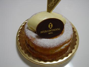 横浜インターコンチネンタルホテル「パティセリー」のチーズケーキ