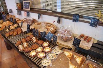 東京葛西にあるパン屋さん「boulangerie JOE」の店内