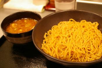 川崎BEラーメンsymphonyにあるラーメン店「くにがみ屋」のつけ麺