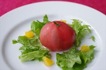 横浜みなとみらいにあるレストラン「セレブ・デ・トマト」の前菜
