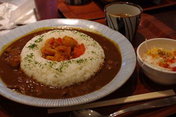 ららぽーと横浜にある「大阪の味二平」のカレー
