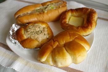 横浜東白楽にあるパン屋さん「ローゼンボア」のパン