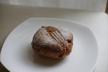 横浜中川にあるパン屋「パン工房 Juneberry」のパン