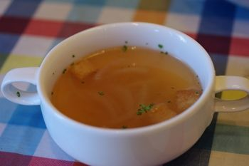 横浜にあるカフェ「ベンチ(BENCH)」のスープ