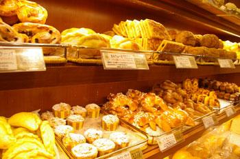 横浜高島屋のおいしいパン屋「PECK(ペック)」の店内