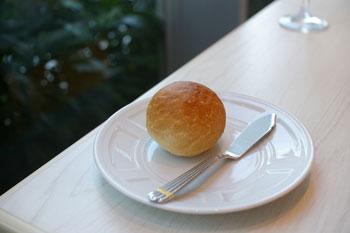 横浜みなとみらい「ブラッセリーハタ」のパン