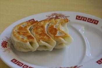 栃木県佐野市にあるラーメン店「麺屋 ようすけ」の餃子
