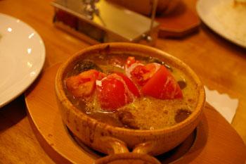 スープカレーのおいしいお店「アジョワン(ajowan)」のスープカレー