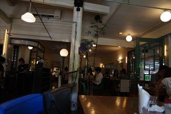 那須にあるカフェ「NASU SHOZO CAFE」の店内