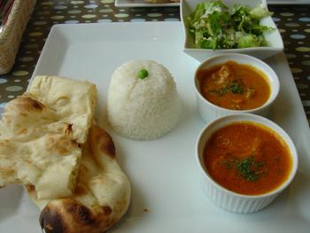 ラゾーナ川崎のインド料理屋「ボンベイ・トーキー」のカレーランチ