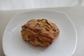 新横浜にあるパン屋「ブラッスリー ラ クラス」のパン