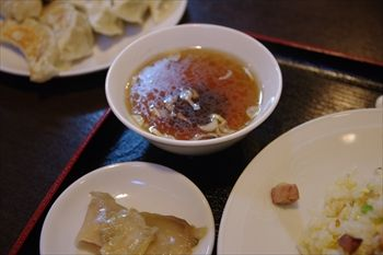 川崎にある中華料理店「成喜 」のスープ