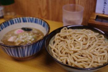 川崎にあるおいしいつけ麺屋「つけめん 三三喜」のつけ麺