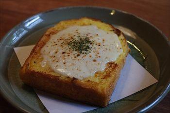 鎌倉長谷にあるカフェ「カフェルセット鎌倉」のクロックマダム