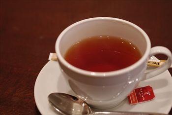 横浜石川町にあるイタリアンダイニング「オイノス」の紅茶
