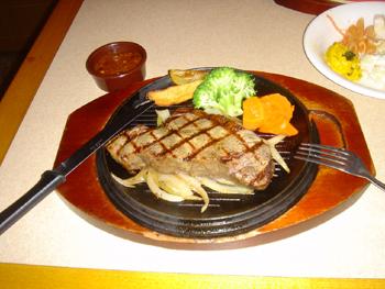 横浜ランドマークプラザのシズラーのステーキ
