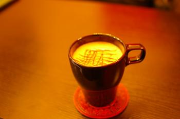 横浜の穴場カフェ「rokucafe」のホットチョコレート