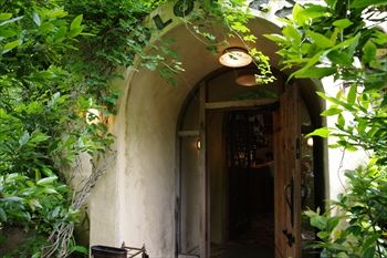 箱根の仙石原にあるイタリアン「SOLO PIZZA」の入り口