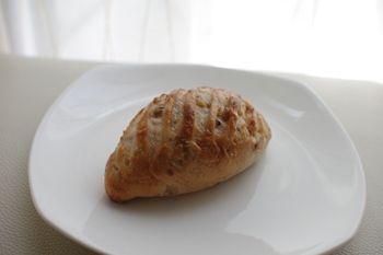 神奈川県久里浜にあるおいしいパン屋「zacro」のパン
