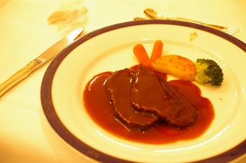横浜山手十番館の黒毛和牛ホホ肉の赤ワイン煮込み
