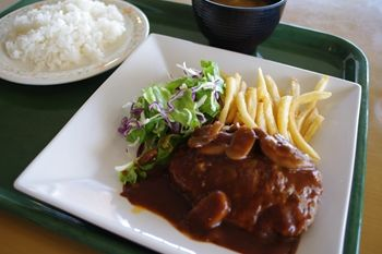 横浜みなとみらいにあるレストラン「ポートテラスカフェ」のランチ