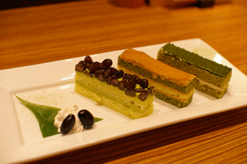 横浜ランドマークの和カフェ「緑茶+話」の和ケーキ