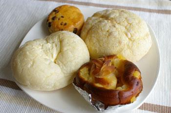 横浜ロイヤルパークホテルのケーキショップコフレのパン
