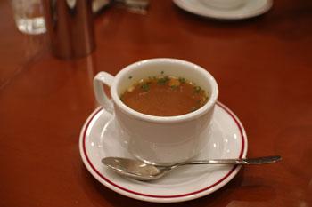 新横浜ラントラクトにあるカフェ&バー「ラ・メゾネ」のスープ
